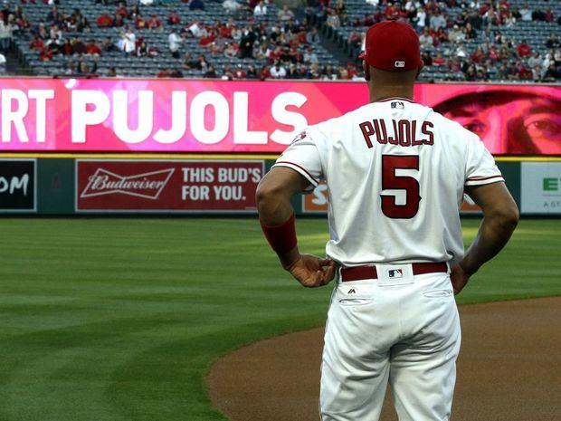 En la imagen un registro del beisbolista dominicano Albert Pujols, quien fue anunciado este lunes como nuevo refuerzo de los Dodgers de Los Ángeles, tras casi una década con los Angelinos.