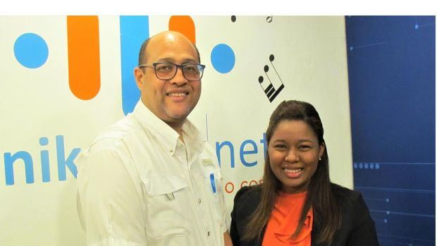 Tony Arias Gil y Yasmin Dishmey.