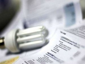 Consultor energético advierte eliminación de la CDEEE provocará aumento en tarifa de usuarios servicio eléctrico.