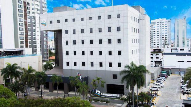 Banco de Reservas.