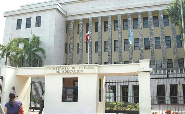 Solicitan auditoría de las gestiones de ex ministros de Educación