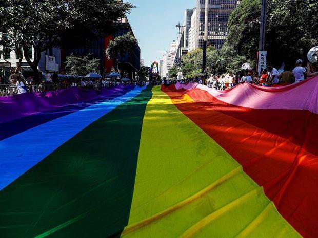 El desfile del Orgullo Gay en Sao Paulo se refugia en internet por la covid