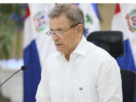 Ministro de Relaciones Exteriores, Roberto Álvarez.