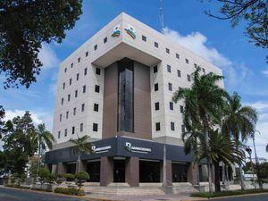 Torre principal del Banco de Reservas.