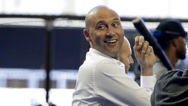 El director ejecutivo de los Marlins de Miami, Derek Jeter.
