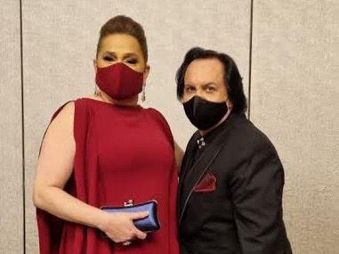 Jatna Tavares junto a Leonel Lirio.