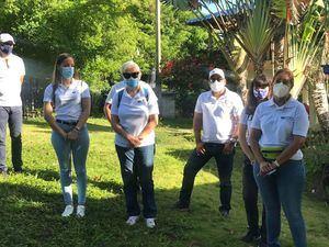 Grupo de diversas entidades participantes en la jornada de reforestacion.