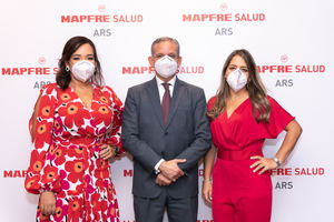 Mónica Rojas, Christian Wazar y Natacha Quiterio.