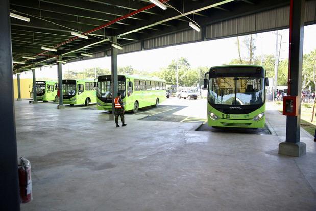 Terminal Interregional de Autobuses Santo Domingo Este.