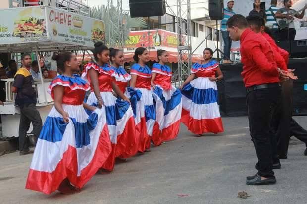 "Ministerio de Cultura celebra en Valverde, Mao, ""Expo Cultura Regional"""