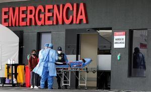 La cifra de muertos se reparte entre los confirmados por la covid-19, que se elevan a 15.575 (85 más que el martes), y los 5.578 (7 más) fallecidos probables por la enfermedad.