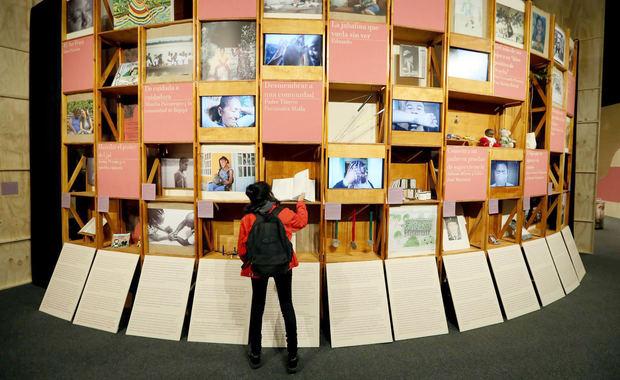 La exposición 'Mumo: El Museo de los Objetos' busca que los niños 'puedan disfrutar de encuentros con el arte a través de los cuales puedan ser escuchados y construir las sensibilidades necesarias para la construcción de paz en el país'.