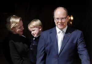 Alberto II de Mónaco y familia.