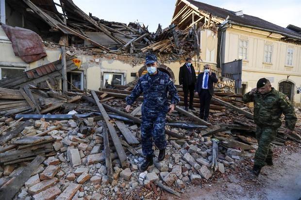 Un fuerte seísmo causa al menos siete muertos y decenas de heridos en Croacia