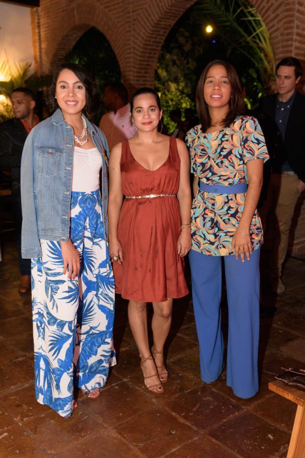 Carmelsy Confesor, Diana Suriel y Patricia Acosta.