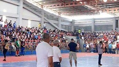 Director provincial de Santiago destaca labor de ABASACA en inaugurar gigantesco minibaloncesto