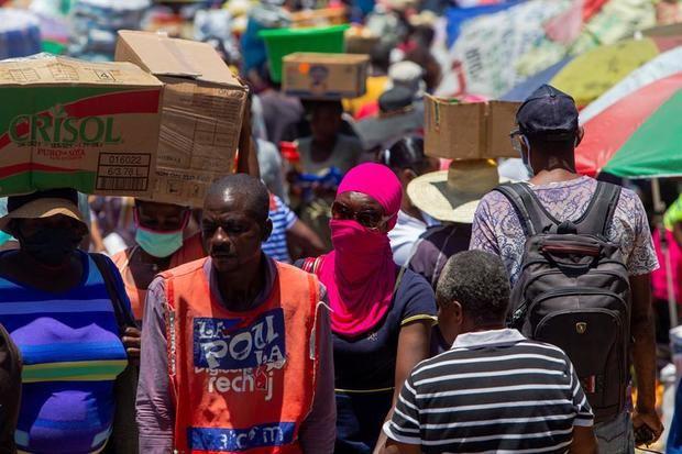 Avance del coronavirus en RD es peligroso para Haití, según experto