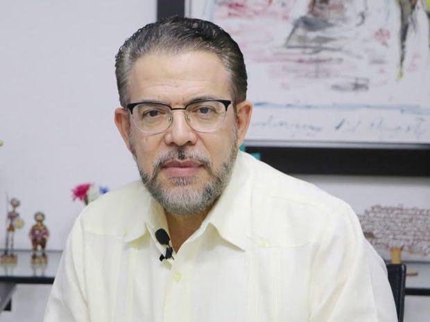 """Guillermo Moreno afirma: """"En el gobierno de Luis Abinader pasamos a ser el campeón del endeudamiento público"""""""