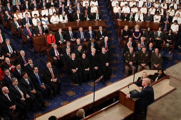 Trump eleva la tensión electoral ante un Congreso fracturado por su juicio