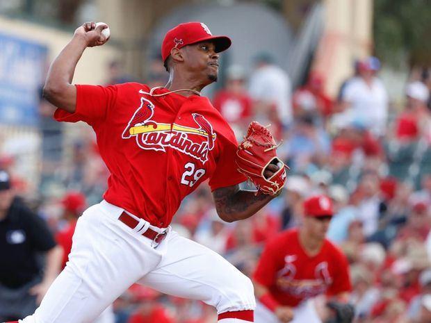 Alex Reyes establece récord de salvamentos perfectos en MLB