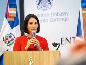 La primera dama, Raquel Arbaje.