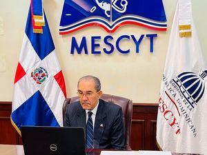 El Ministro del MESCYT, doctor Franklin García Fermín, asumió la función durante una conferencia virtual.