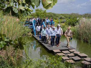 Los participantes en el evento recibieron un recorrido por las instalaciones del Jardín Botánico de Santiago.