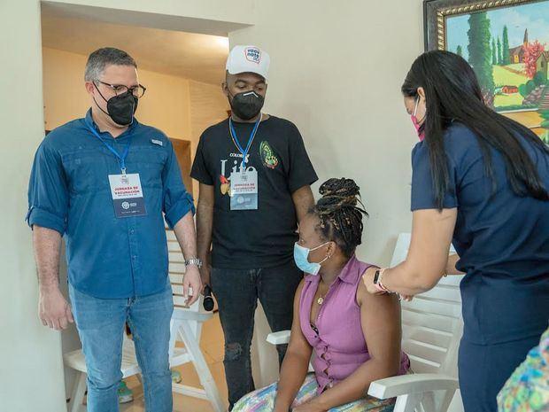 AP fortalece en San Cristóbal jornada de vacunación que desarrolla el gobierno en todo el país