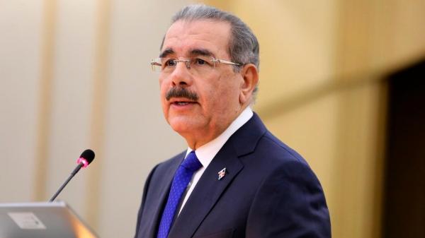 Medina ordena titulación de zonas francas y crea comisión para la innovación