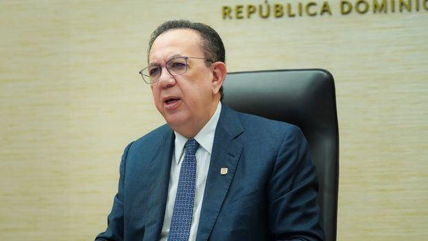 Gobernador del Banco Central de la República Dominicana, Héctor Valdez Albizu.