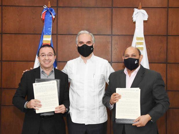 Ministro de Trabajo lidera acuerdo entre INFOTEP y Servicio Nacional De Aprendizaje (SENA) de Colombia