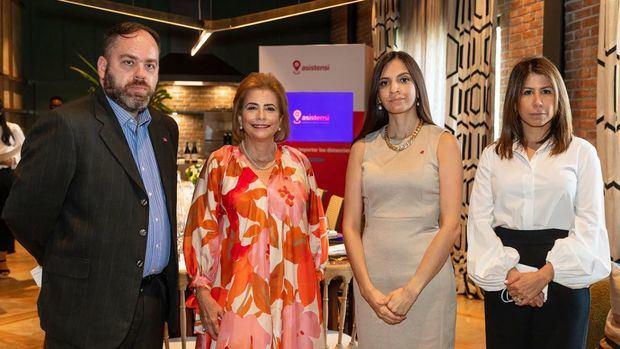 Juan Carlos González, Patricia González, Paula Vasco y Patricia Marcano.