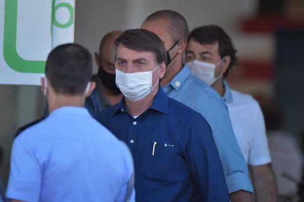 Bolsonaro da negativo de Covid -19 casi tres semanas después de ser contagiado