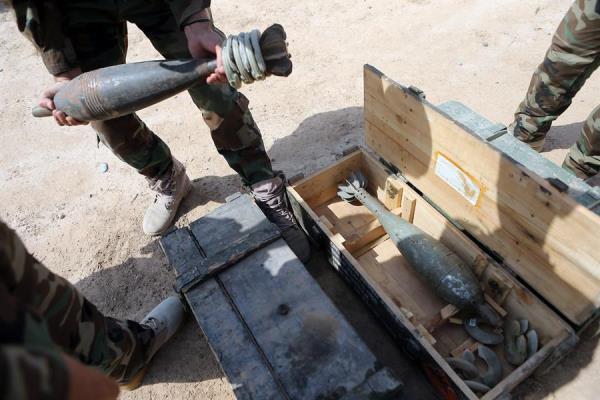 Varios misiles impactaron esta madrugada en la base militar de Ain al Asad, en el oeste de Irak y donde están desplegadas tropas estadounidenses, confirmó a Efe una fuente de la Policía de la provincia donde se ubican las instalaciones.