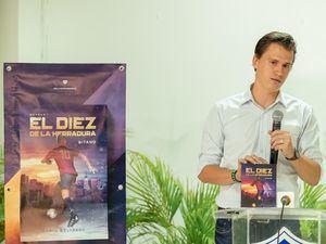 Presentación de la novela 'El diez de la Herradura', de Daniil Belyakov.