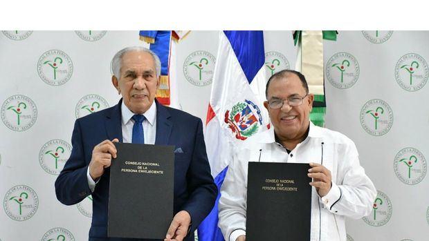 CONAPE y Bienes Nacionales firman acuerdo para la transferencia de bienes e inmuebles
