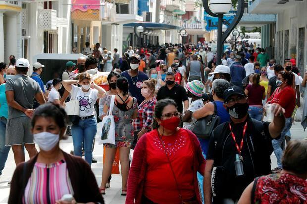 Cuba marca récord de casos diarios de covid-19 con 1.537