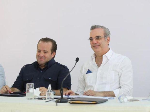Presidente Abinader agota una amplia agenda de trabajo en la provincia de Montecristi