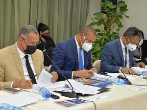 Comisión Bicameral que tiene a su cargo el estudio del proyecto de Ley de Código Penal.