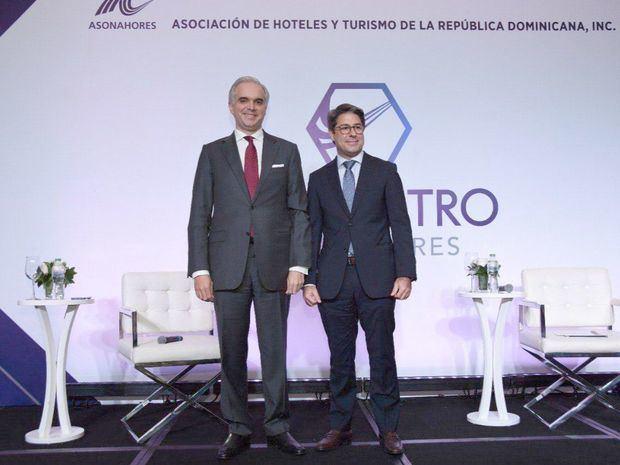 Ministro de Trabajo, Luis Miguel De Camps junto a Rafael Blanco Tejera, presidente de ASOLADORES.
