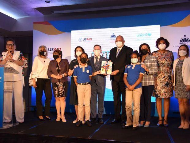 MINERD, junto a UNICEF y USAID lanzan programa Retorno a la Alegría
