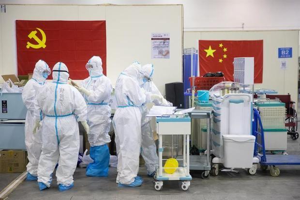 China eleva a 1.868 los muertos y a 72.436 los infectados por COVID-19.