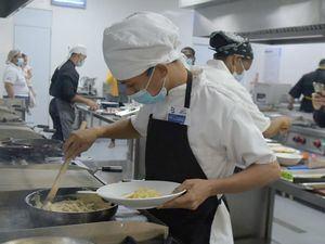 20 jóvenes partiparon para entrar en el diplomado Cocina Creativa.