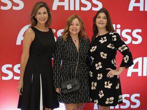 Gina Lovatón, Montserrat Puig y Martha Gonzalez.