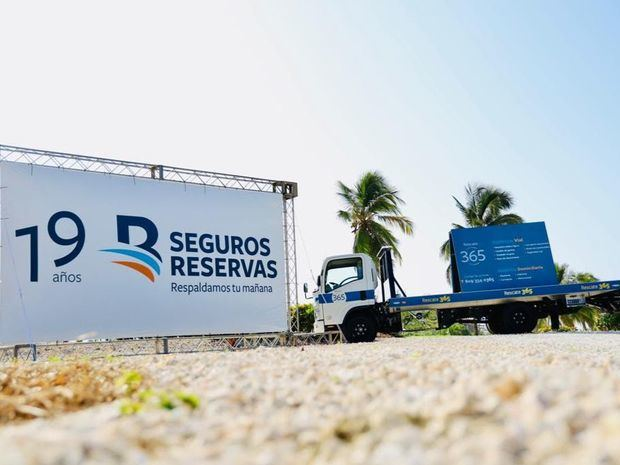 Seguros Reservas respalda Fundación Jompéame y Cruz Jiminián.