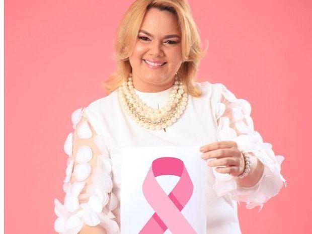 ADME realiza campaña de prevención del cáncer de mama