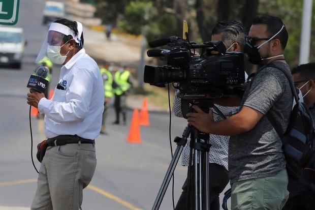 127 periodistas en el mundo murieron por coronavirus, muchos en Latinoamérica