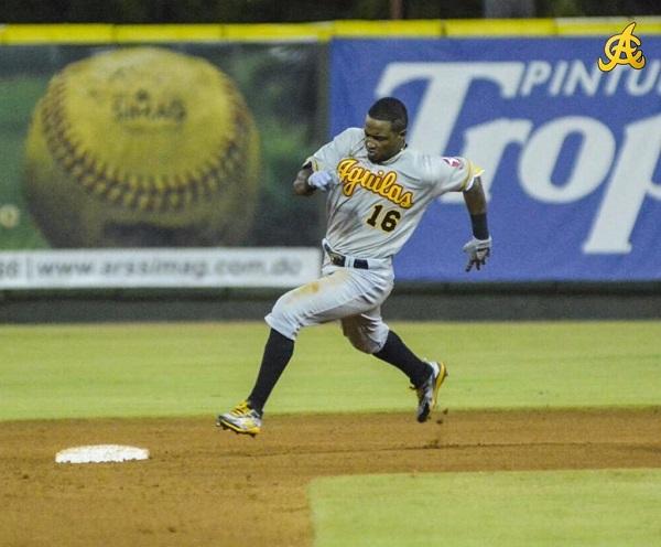 Las Águilas vencen a los Toros y marchan segundo en el béisbol dominicano