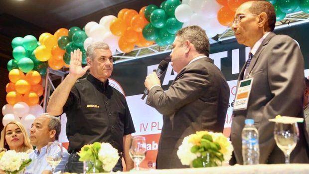 Cuatro partidos proclaman a Castillo como su candidato a la Presidencia.