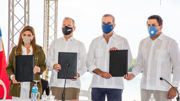 Gobierno, BID y Asonahores firman dos acuerdos que permitirán el rescate de 35 playas y mitigar el sargazo